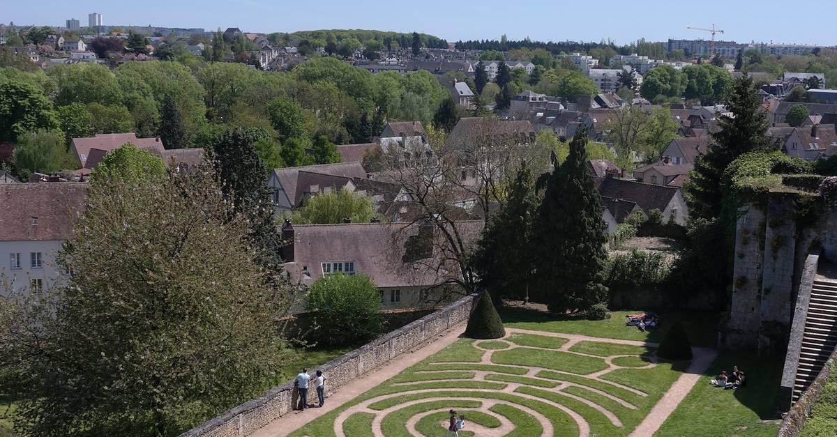 En centre ville de chartres c 39 chartres tourisme - Office de tourisme de chartres ...