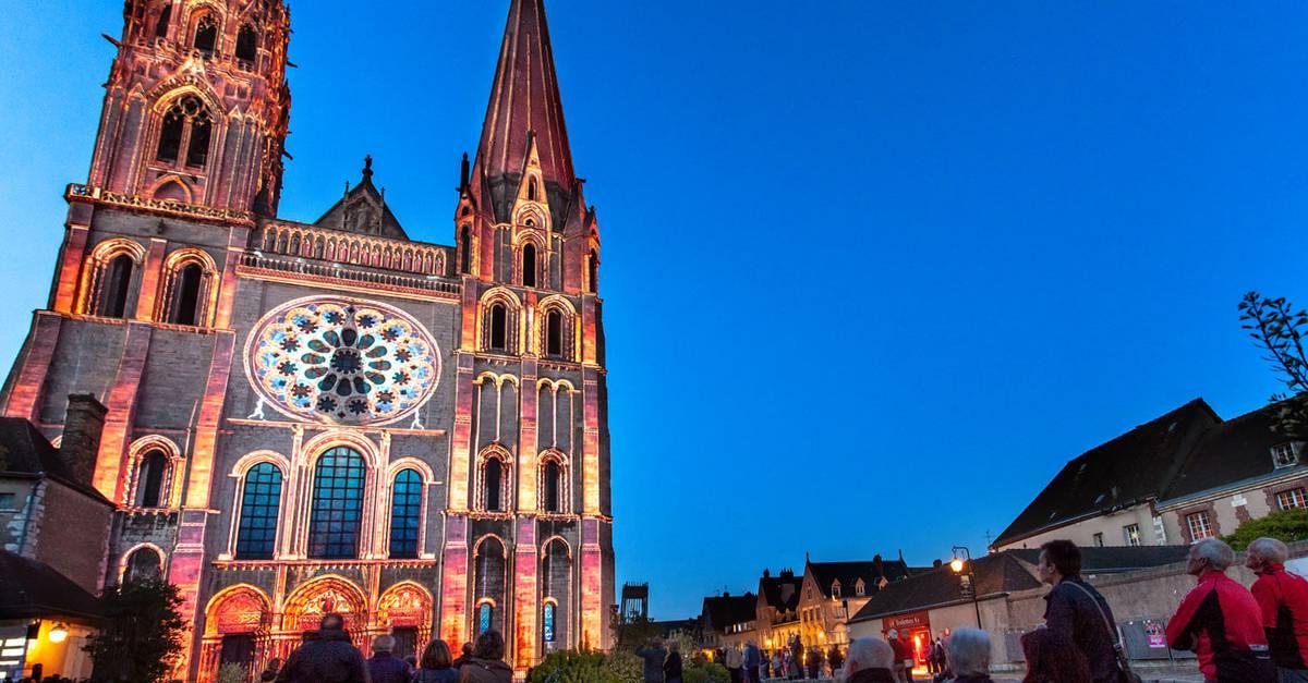 Chartres en lumi res c 39 chartres tourisme - Office de tourisme de chartres ...