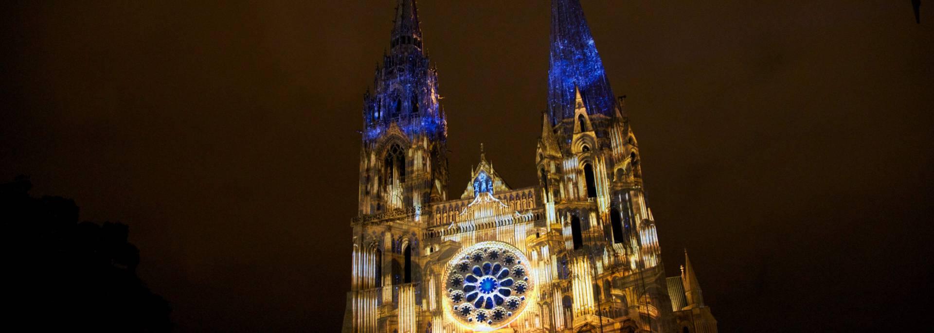 Scénographie du portail royal de la cathédrale de Chartres