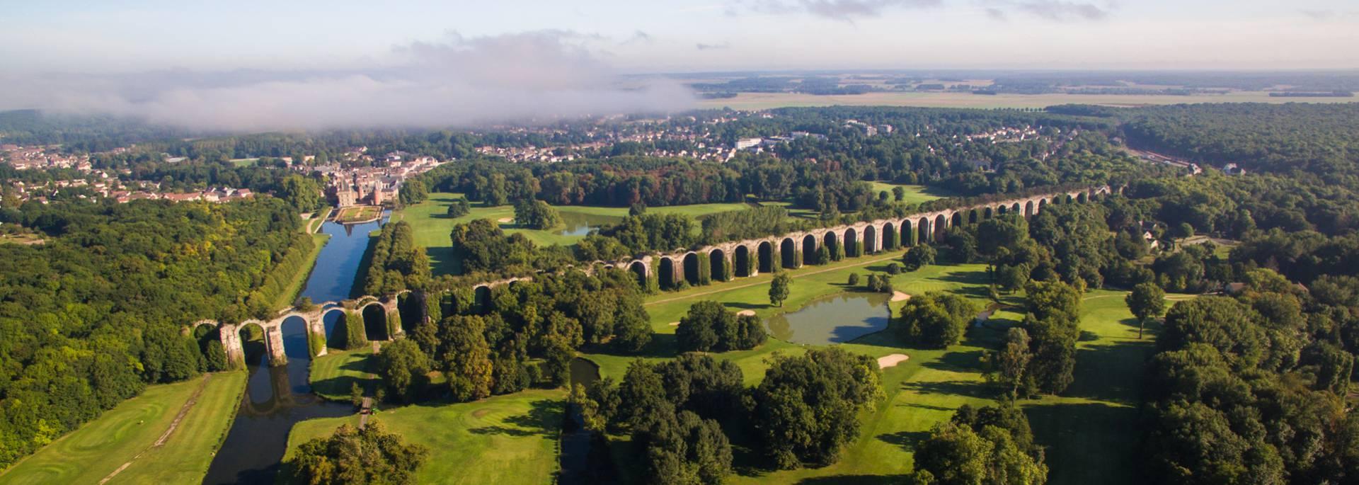 Vue aérienne de l'Aqueduc de Maintenon