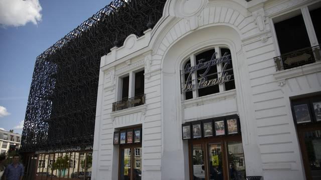 Façade du cinéma Les Enfants du Paradis à Chartres
