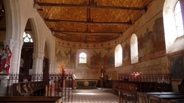 Intérieur de l'église de Meslay-Le-Grenet