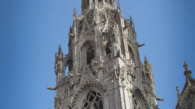 Flèche nord de la cathédrale