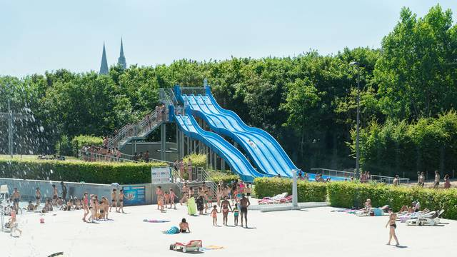 Water slide at the Odyssée water park, Chartres