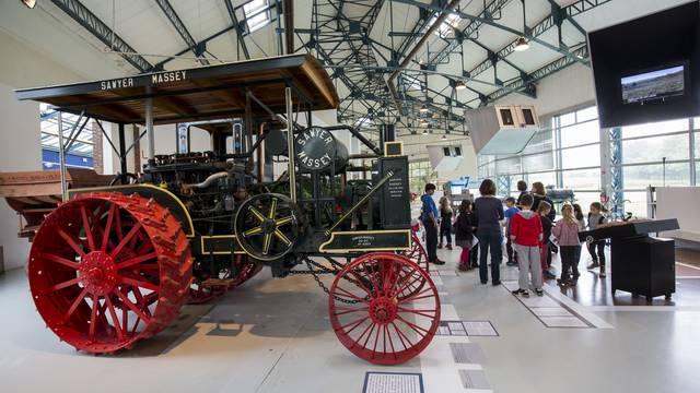 Tracteurs au COMPA - Conservatoire de l'Agriculture