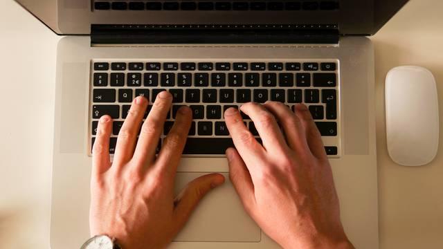 atelier numérique sur ordinateur