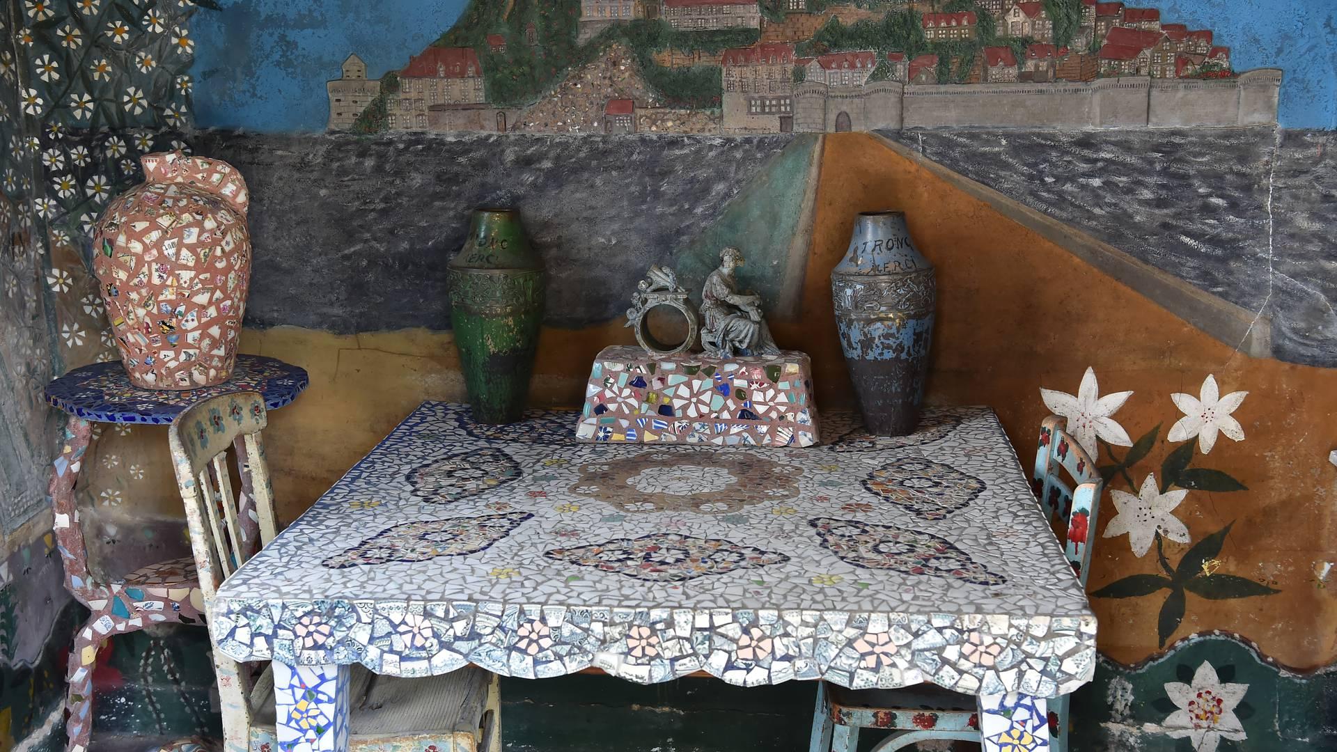 Intérieur de la maison Picassiette