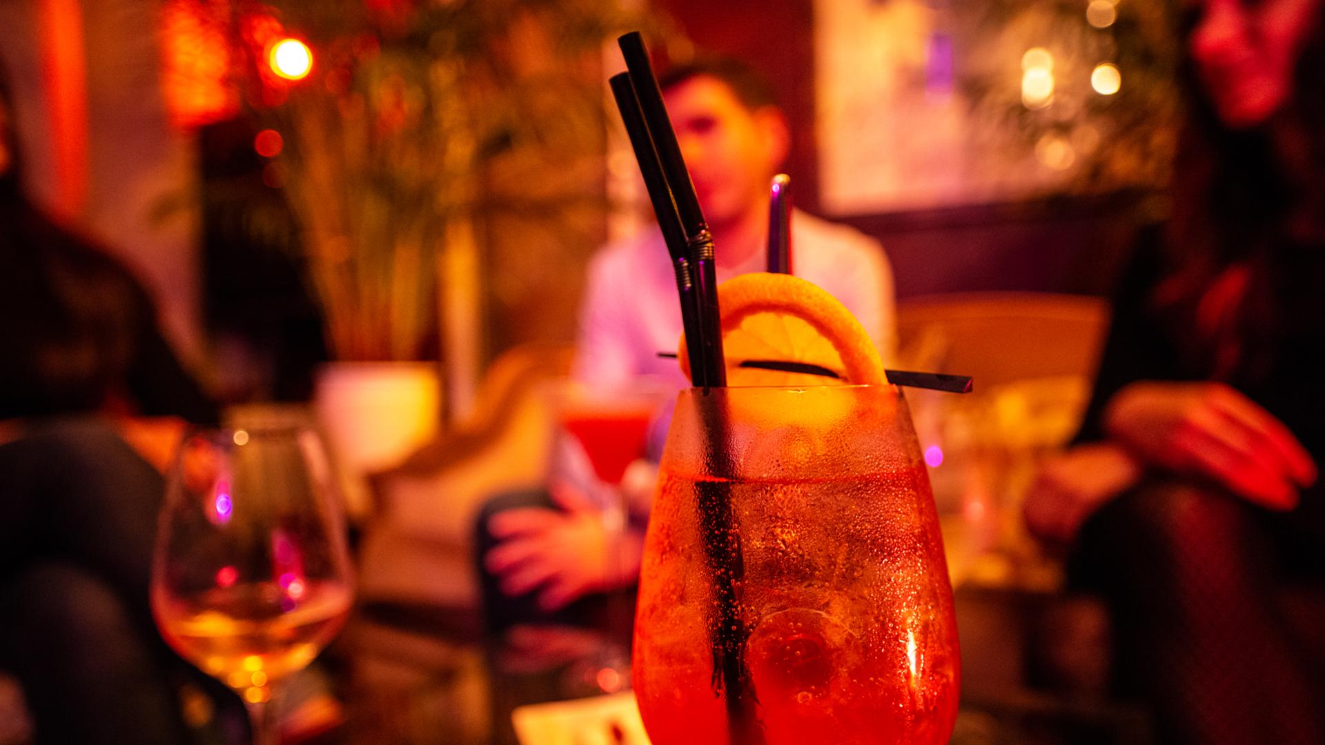 Cocktail au bar l'escalier à Chartres