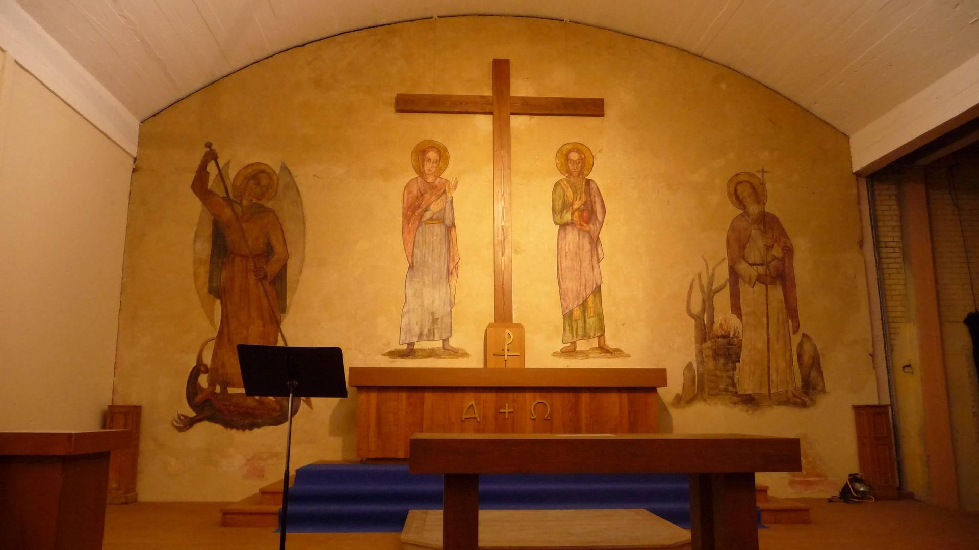 Intérieur de la chapelle du séminaire des Barbelés aujourd'hui