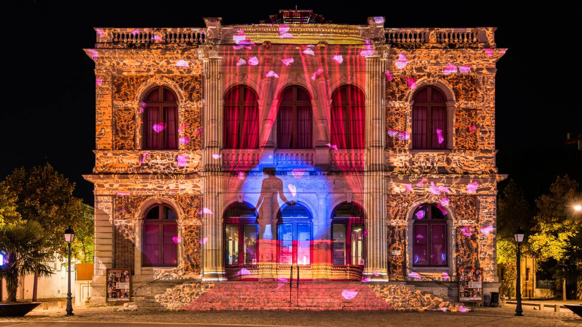 Théâtre de Chartres lors de Chartres en lumières