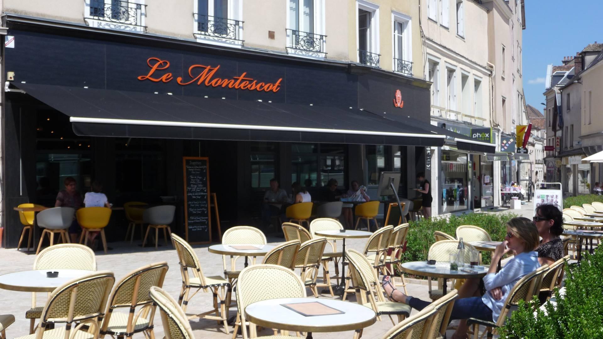 Terrasse du restaurant Le Montescot