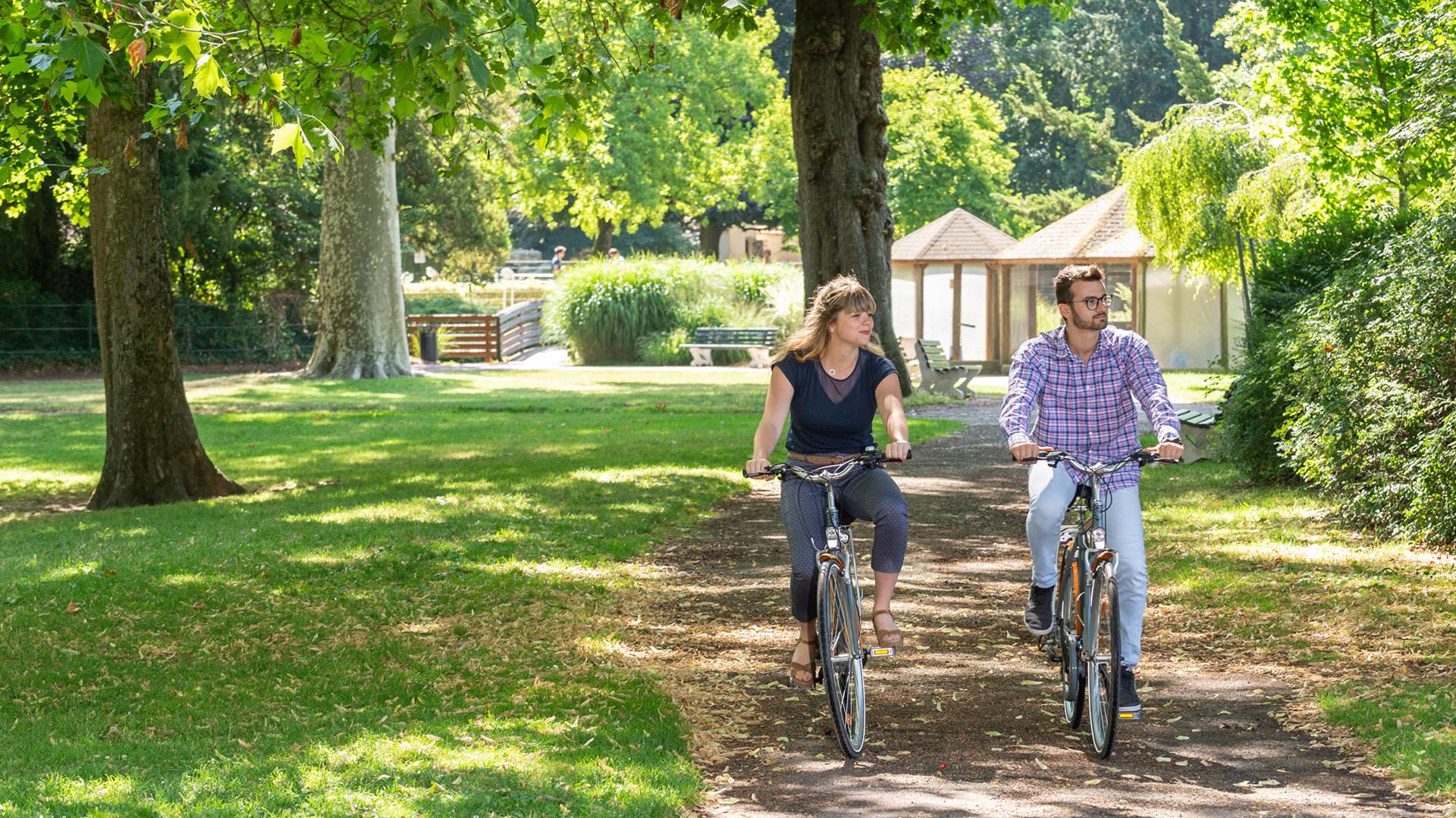 Balade à vélo dans le parc des bords de l'Eure