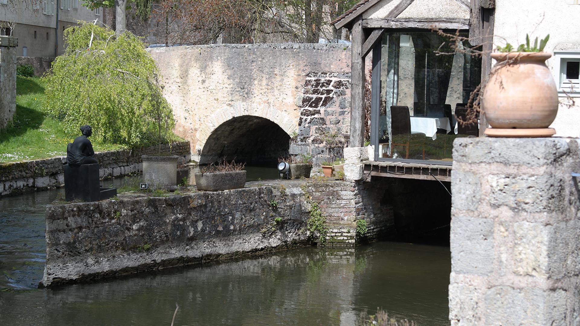 Moulin de Ponceau depuis l'Eure