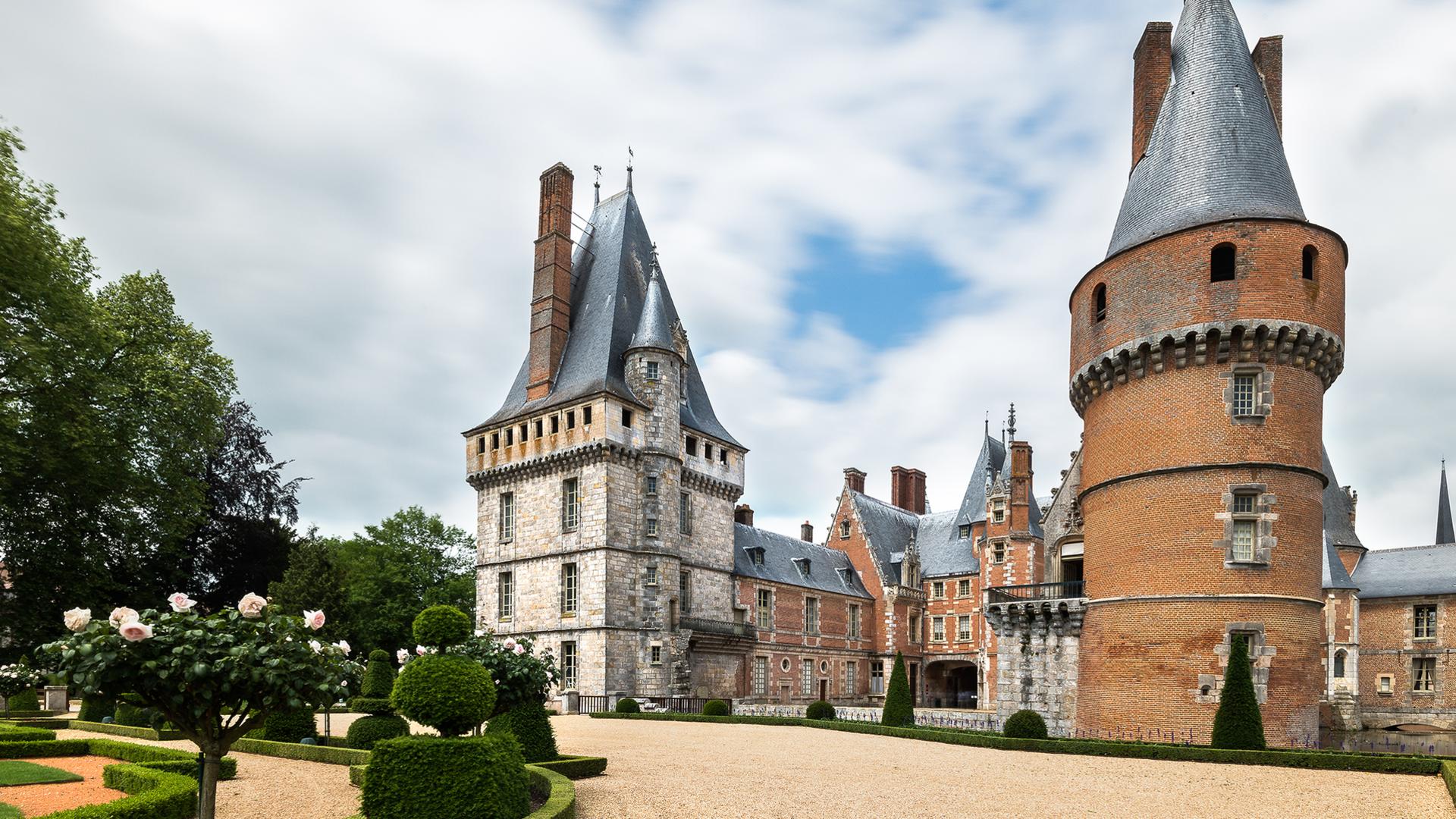 Vue du château de Maintenon depuis les jardins