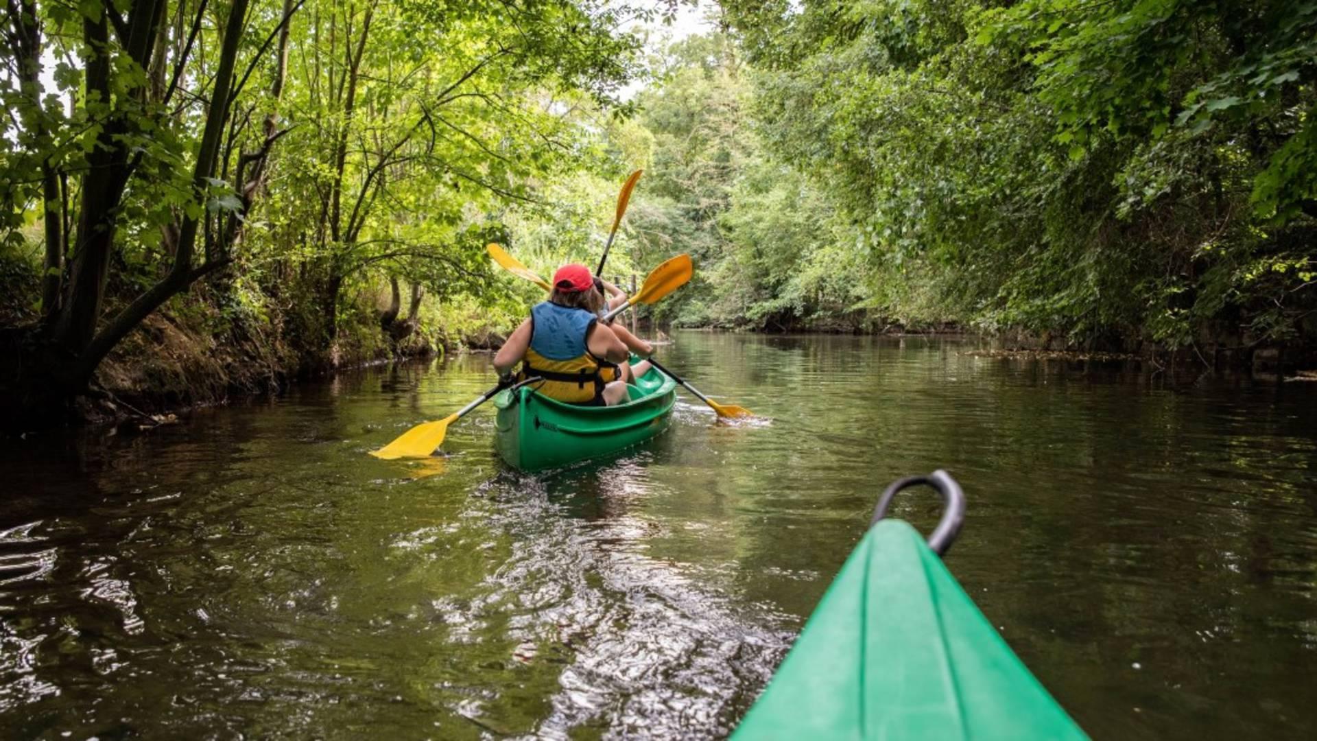 Balade en canoe kayak à Maintenon