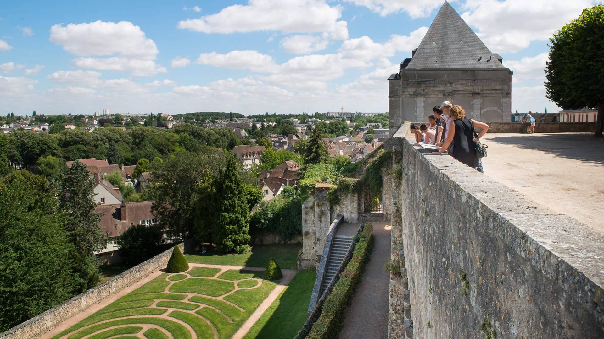 Découvrir Chartres depuis les jardins de l'Evêché