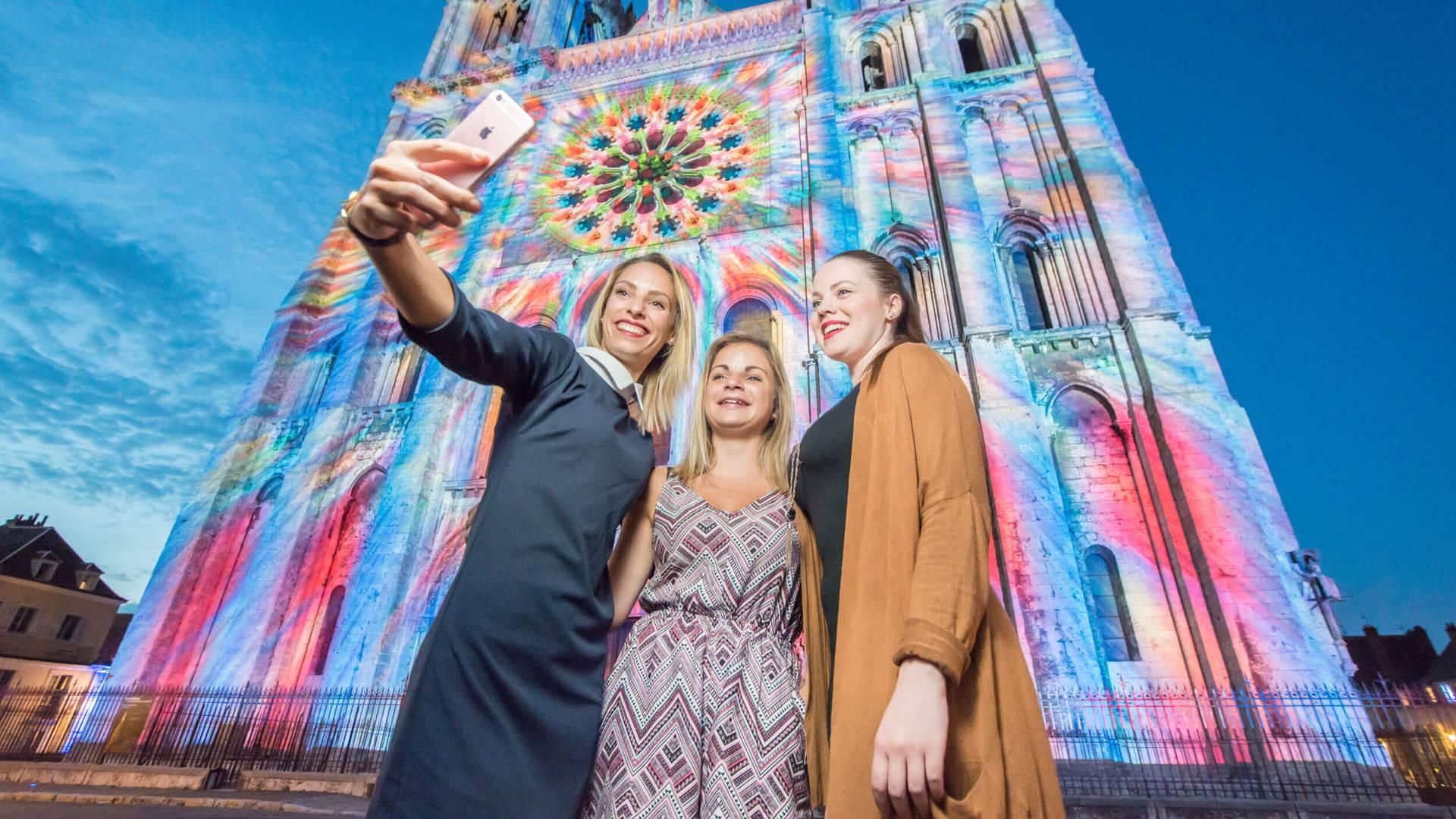 S'émerveiller devant Chartres en lumières