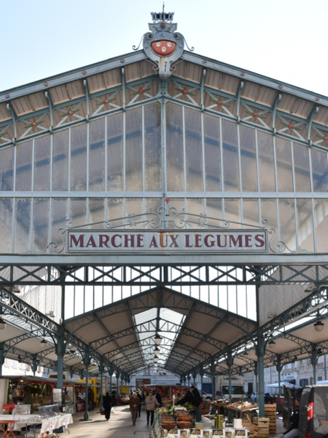 Marché sur la place Billard - © Groupement Martino