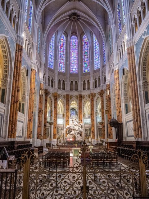 Autel de la cathédrale de Chartres - © Studio Martino