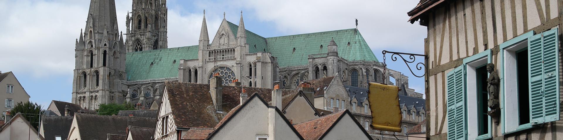 Vue de Chartres depuis le quartier de la Porte Guillaume