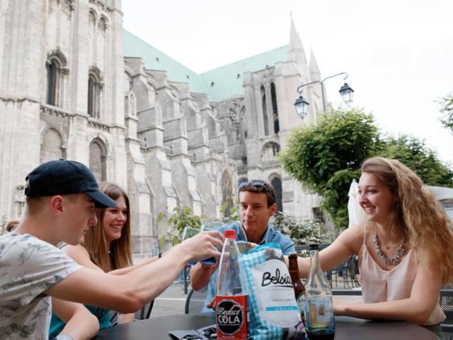 Pause en terrasse proche de la cathédrale