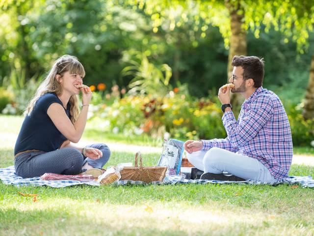 Pique-nique dans le parc des bords de l'Eure à Chartres