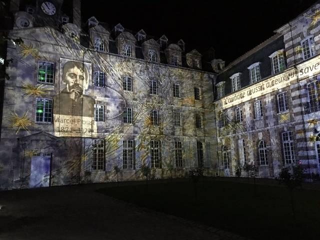 scénographie projetée sur l'Eurélium pour Chartres en lumières