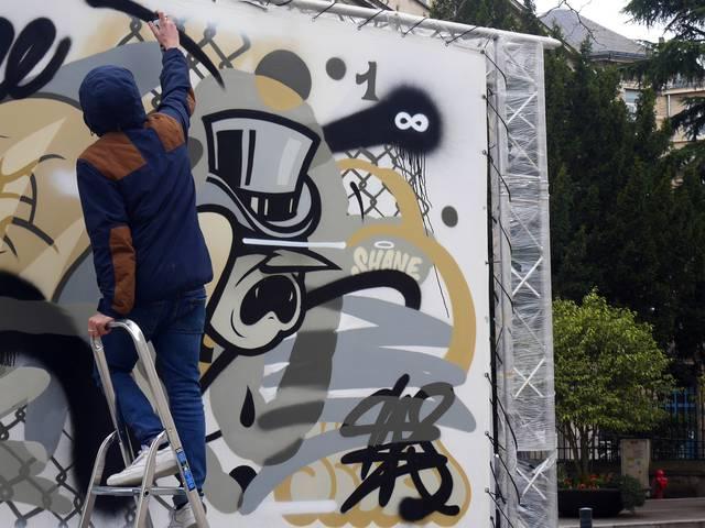 Peformance d'un street artiste à Chartres