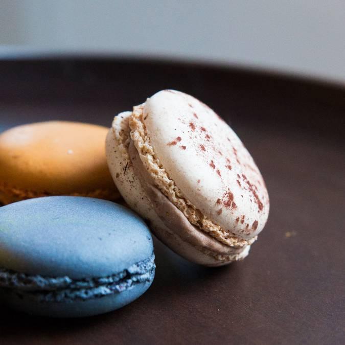 Prise de vue de macarons - © Chartres Sans Gluten