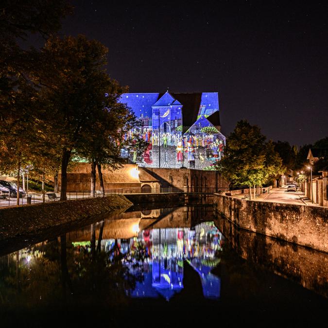 Collégiale Saint-André - © Création : Les Orpailleurs de Lumière - Photo : C'Chartres Tourisme - Studio Martino